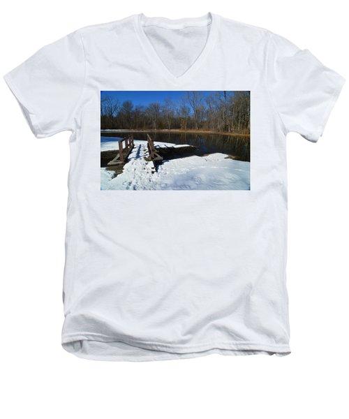 Winter Park Men's V-Neck T-Shirt