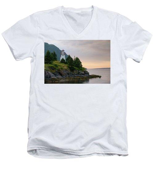 Woody Point Lighthouse - Bonne Bay Newfoundland At Sunset Men's V-Neck T-Shirt