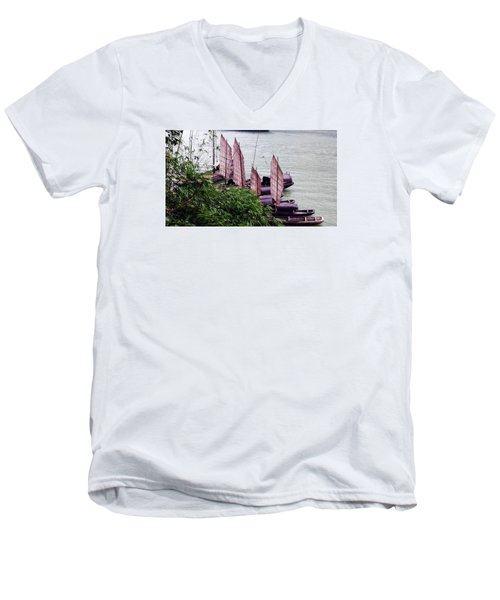 Yangtze Boats Men's V-Neck T-Shirt by Vicky Tarcau