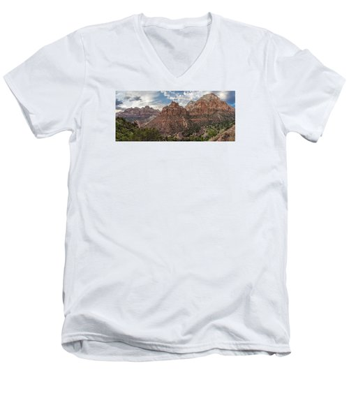 Zion National Park Switchback Road Men's V-Neck T-Shirt