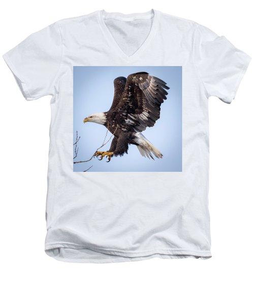 Eagle Coming In For A Landing Men's V-Neck T-Shirt