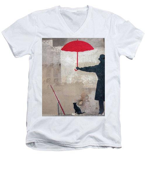 Paris Graffiti Man With Red Umbrella Men's V-Neck T-Shirt