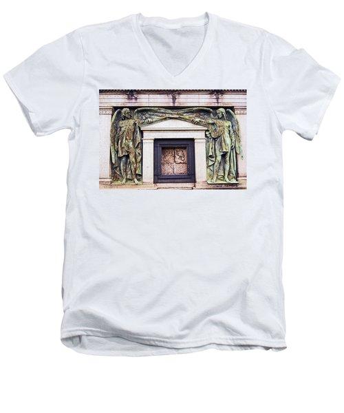 18/09/13 Glasgow. The Necropolis, Double Angels. Men's V-Neck T-Shirt
