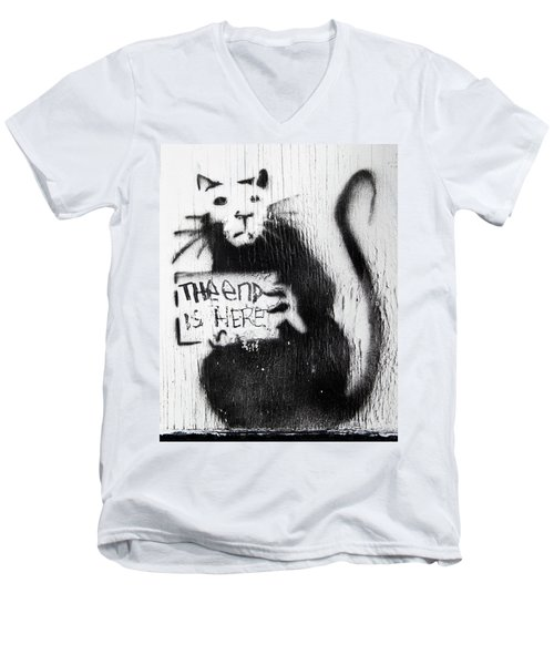 Banksy Rat The End Is Here Men's V-Neck T-Shirt