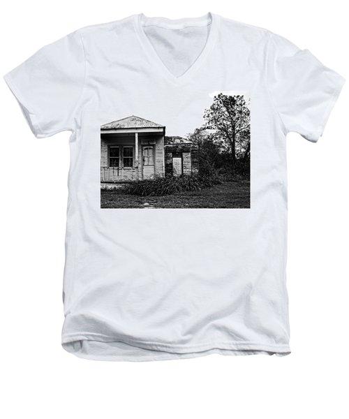 Black And White Architecture, 2 Men's V-Neck T-Shirt
