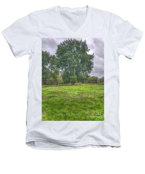 Blacklick Circle Earthwork Men's V-Neck T-Shirt