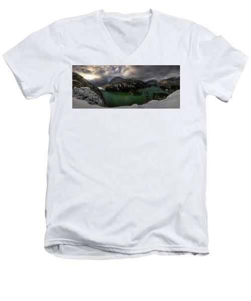 Bonito Era El Diablo Men's V-Neck T-Shirt
