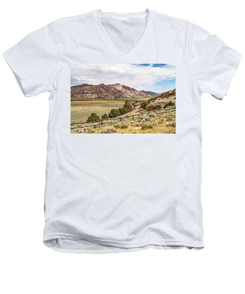 Breathtaking Wyoming Scenery Men's V-Neck T-Shirt