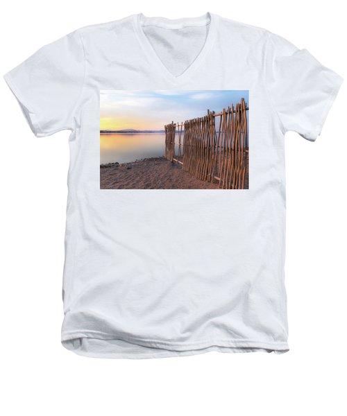 Chega De Saudade Men's V-Neck T-Shirt