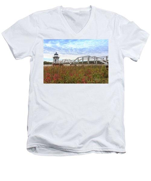 Doubling Point Lighthouse In Maine Men's V-Neck T-Shirt
