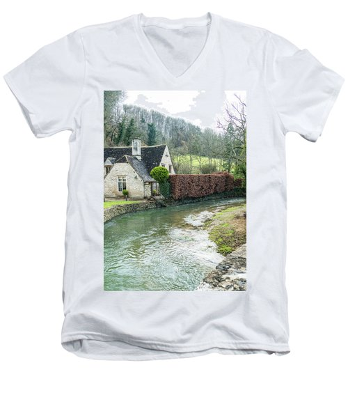 English Creek Men's V-Neck T-Shirt
