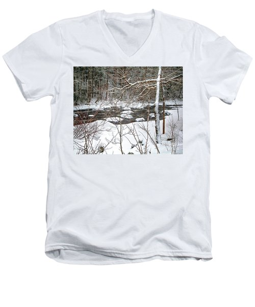 Farmington River - Northern Section Men's V-Neck T-Shirt