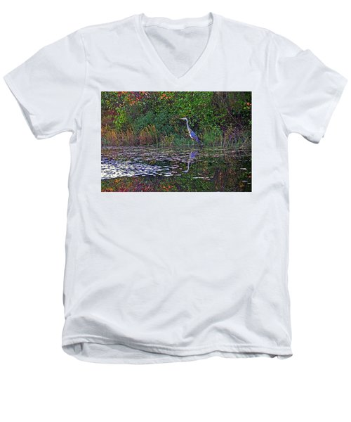 Great Blue Heron In Autumn Men's V-Neck T-Shirt