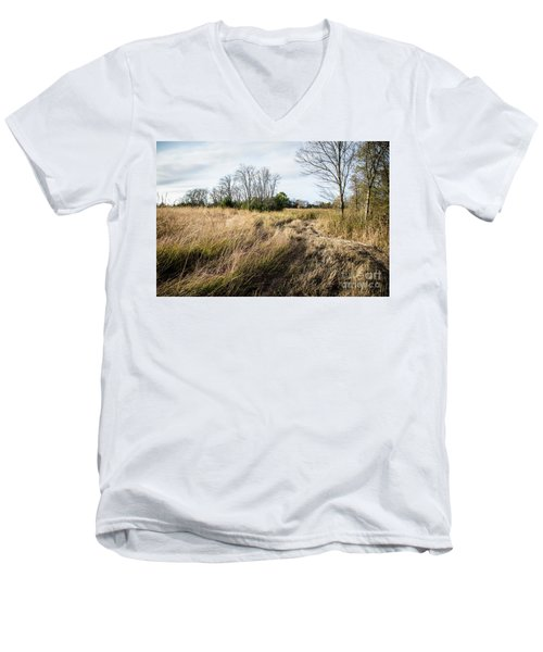 Hayfield Men's V-Neck T-Shirt