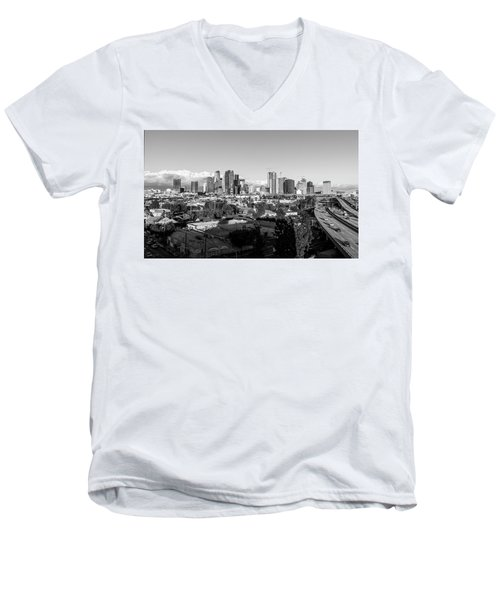 Los Angeles Skyline Looking East 2.9.19 - Black And White Men's V-Neck T-Shirt