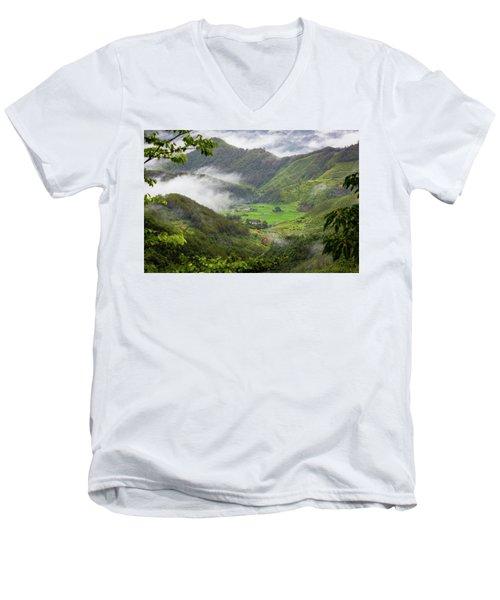 Misty Farm I Men's V-Neck T-Shirt