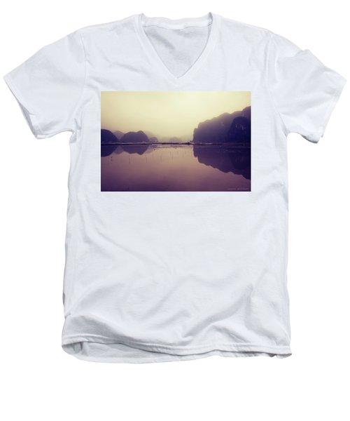 Ninh Binh Men's V-Neck T-Shirt