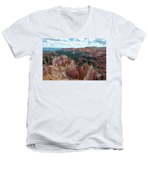 Panorama  From The Rim, Bryce Canyon  Men's V-Neck T-Shirt