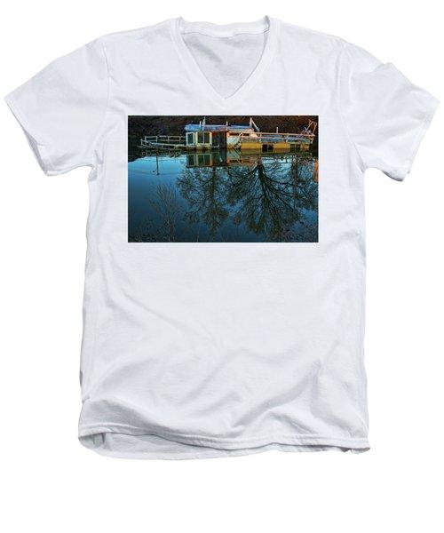Sunken Men's V-Neck T-Shirt