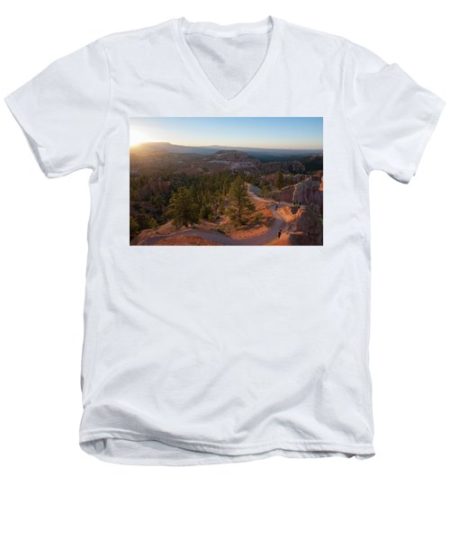 Sunrise Over Bryce Canyon Men's V-Neck T-Shirt