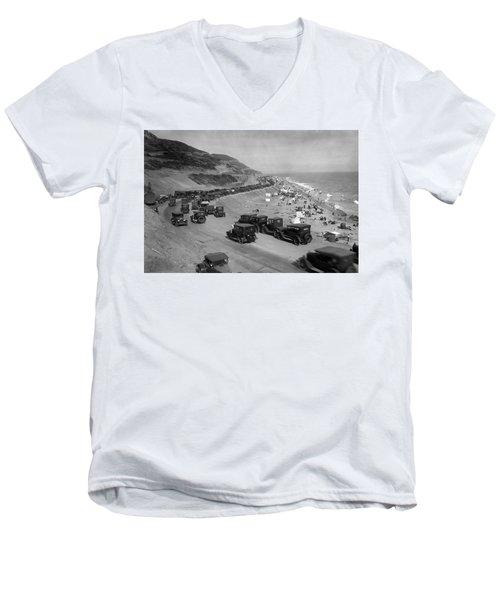 Topanga State Beach 1920 Men's V-Neck T-Shirt