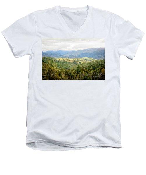 Valley View Men's V-Neck T-Shirt