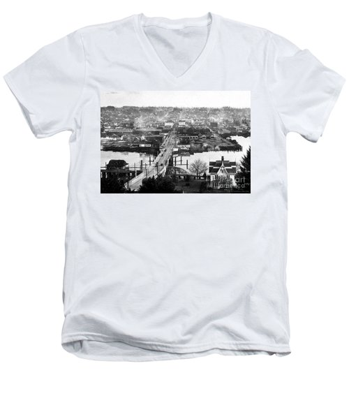 View East Over Olympia 1921 Men's V-Neck T-Shirt