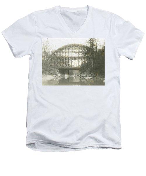 Walnut Lane Bridge Men's V-Neck T-Shirt