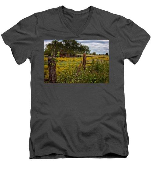 An Old Shed Men's V-Neck T-Shirt