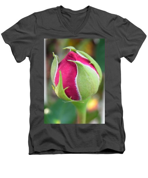 Men's V-Neck T-Shirt featuring the photograph Anticipation by Deb Halloran