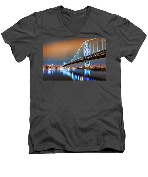 Ben Franklin Bridge And Philadelphia Skyline By Night Men's V-Neck T-Shirt