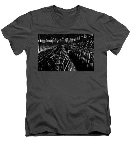 Bostons Fenway Park Baseball Vintage Seats Men's V-Neck T-Shirt