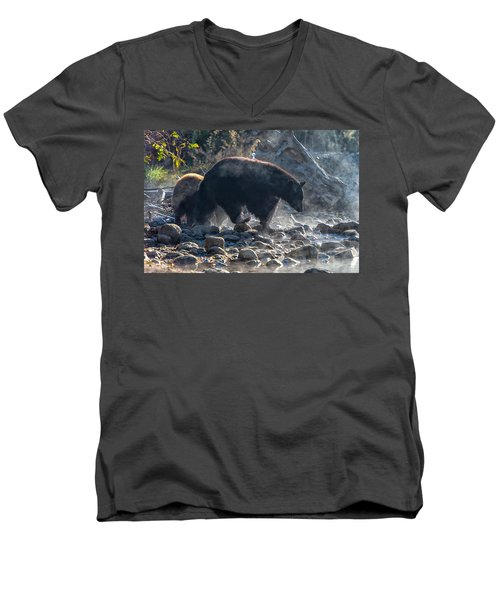 Bouldering Men's V-Neck T-Shirt