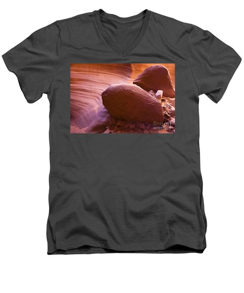 Canyon Rocks Men's V-Neck T-Shirt