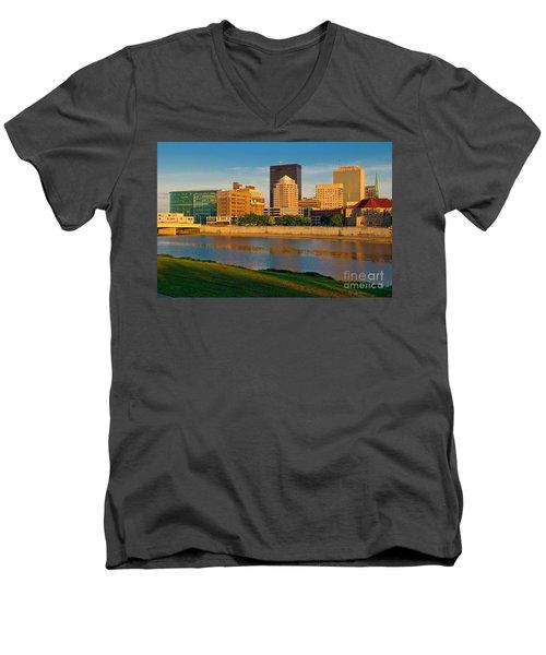 D4u-379 Dayton Skyline Photo Men's V-Neck T-Shirt