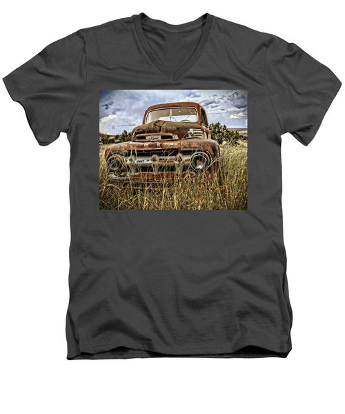 ORD Men's V-Neck T-Shirt