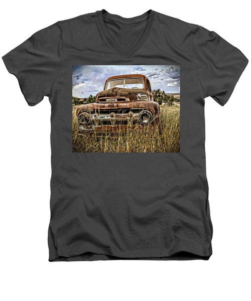ORD Men's V-Neck T-Shirt
