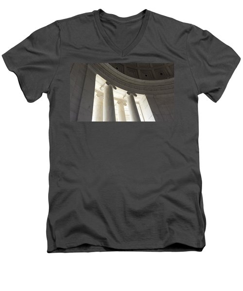 Jefferson Memorial Architecture Men's V-Neck T-Shirt