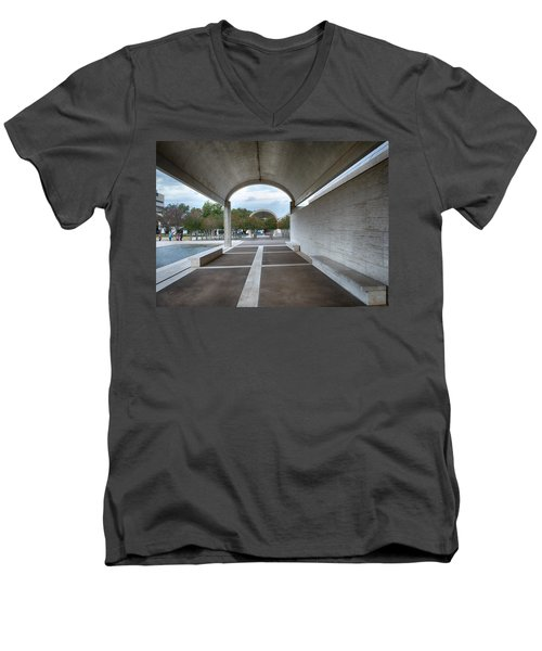 Kimbell Art Museum Fort Worth Men's V-Neck T-Shirt