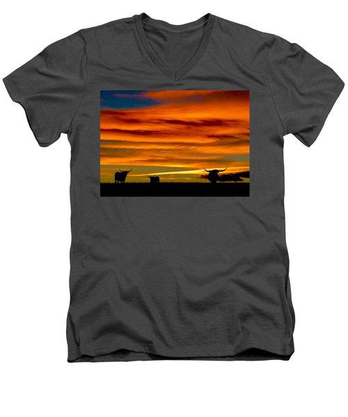 Longhorn Sunset Men's V-Neck T-Shirt