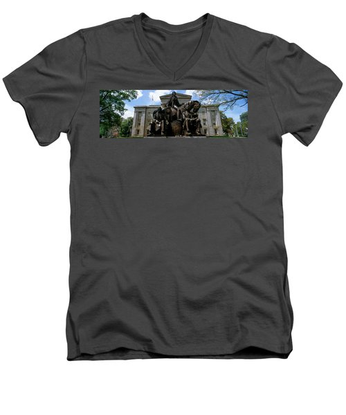 Low Angle View Of Statue Men's V-Neck T-Shirt
