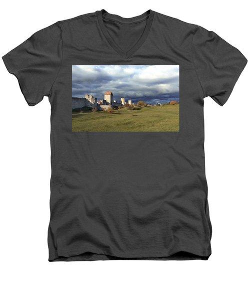 Medieval City Wall Defence Men's V-Neck T-Shirt