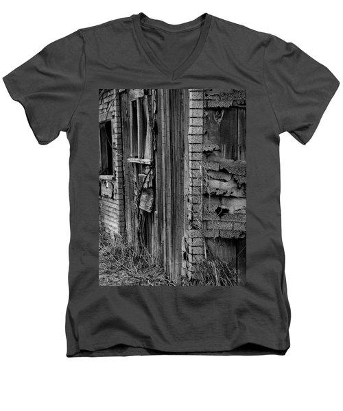 Shingles Men's V-Neck T-Shirt