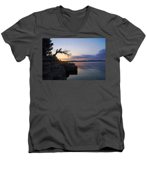 Sunrise Over Table Rock Lake Men's V-Neck T-Shirt