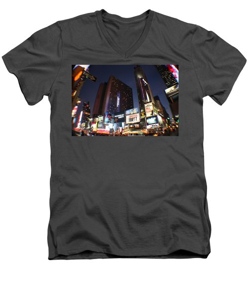 Times Square Nyc Men's V-Neck T-Shirt