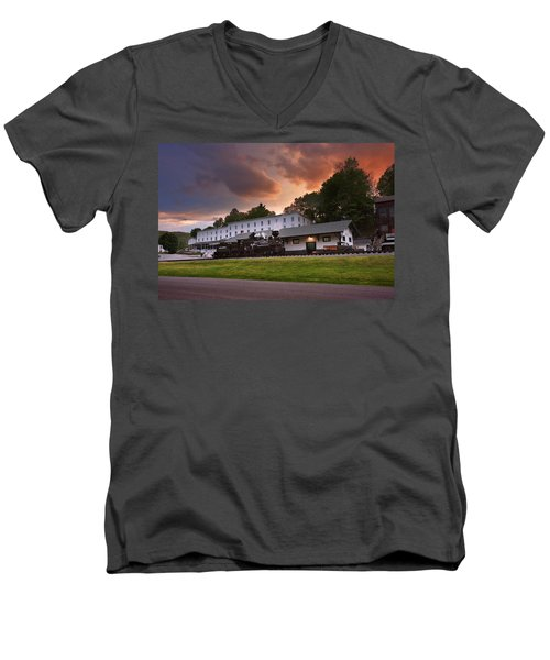 Cass Scenic Railroad Men's V-Neck T-Shirt