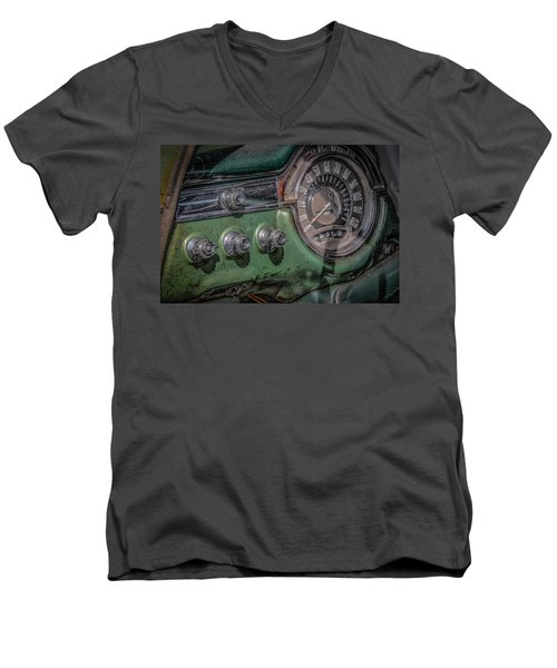 1953 Oldsmobile Men's V-Neck T-Shirt