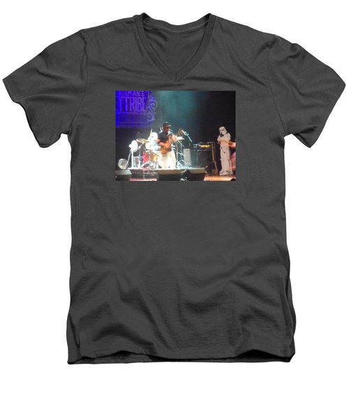 Men's V-Neck T-Shirt featuring the photograph Devon Allman And The Honeytribe by Kelly Awad