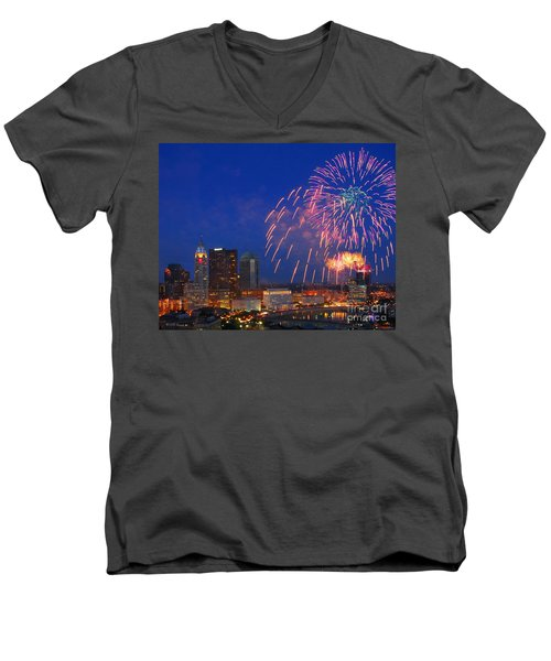 D21l-10 Red White And Boom Fireworks Display In Columbus Ohio Men's V-Neck T-Shirt
