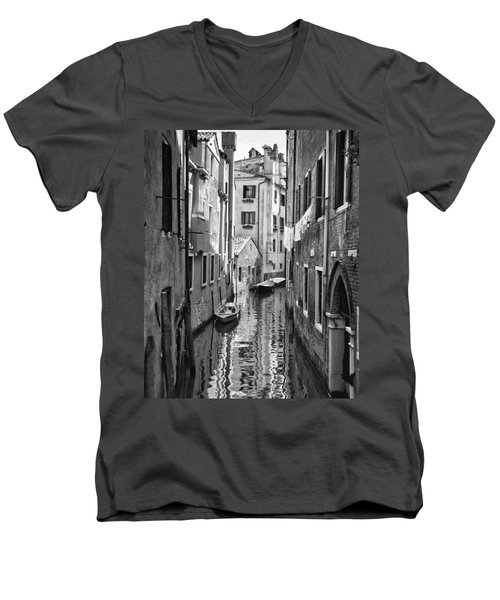 Venetian Alleyway Men's V-Neck T-Shirt by William Beuther